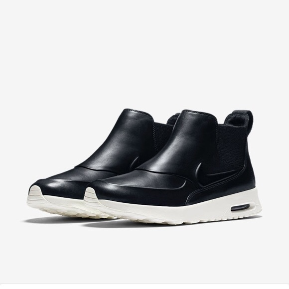 0d42bc8117e798 Nike Shoes - AirMax Thea Mid-top leather sporty Nike sneaker